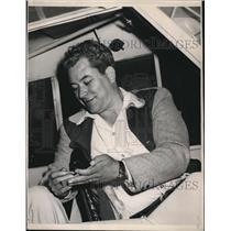 1947 Press Photo George W Truman of La Calif to fly round the world