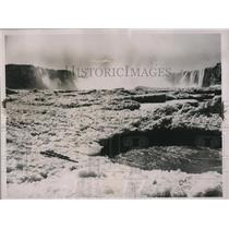 1937 Press Photo Chaotic ice jam that piled up at Niagara Gorge