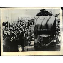1940 Press Photo Nazis attack somewhere in Belgium, the the Belgians flee.