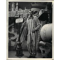 1950 Press Photo Paul Tripp in Mr. I. Magination