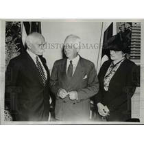 1940 Press Photo General Alexander Osinski, Miss Anna Pazkowski, & Norman Davis