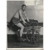 1924 Press Photo Quintan Romera Rojas heavyweight in training in NY - nes25427