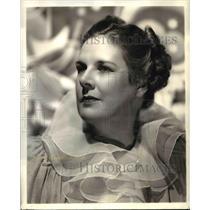 1942 Press Photo Katherine Raht stars in The Aldrich Family NBC Radio Show