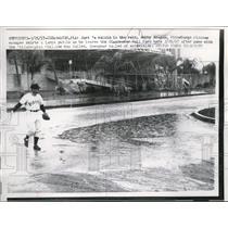 1957 Press Photo Clearwater Fla Pirates Bobby Bragan in the rain - nes25690