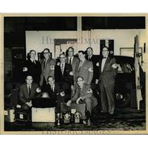 1957 Press Photo American Red Cross Volunteers