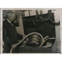 1939 Press Photo Dr Charles S Piggott Seven Mile Steel Rope for Sea Exploration