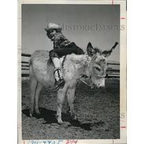 1947 Press Photo Las Vegas Nev Tony Hazzard on a donkey at Helldorado Days