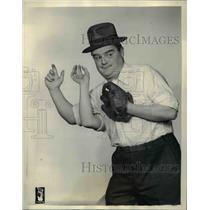 1930 Press Photo Colonel Lemuel Q Stoopnagle on Stooparoos - orp27104