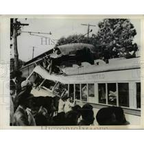 1942 Press Photo 2 trollies collided head on in Washington Square PA, 4 died