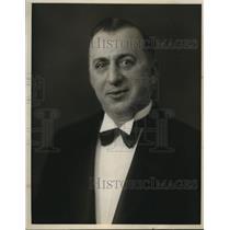 1934 Press Photo William Krupitzer director of cast of Al Sirat Grotto