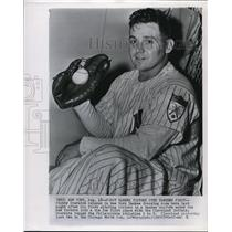 1951 Press Photo Stubby Overmire Relaxes In Yankee Dressing Room After 1st Win