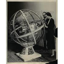 1931 Press Photo Grrery Scientific Instruments to arrive in the Qualer City.