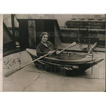 1923 Press Photo Collapsible Boat Designed in England Will Fit in Trunk