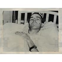 1939 Press Photo Clifford Patrick's Doctor Uses Cobra Venom to Treat Pain