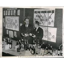 1944 Press Photo Dwight E. Avis & William H. Kennedy Fight Liquor Black Market
