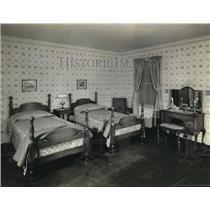 1932 Press Photo Restful American Bedroom - nee02636