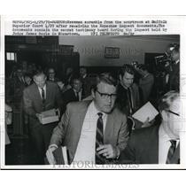 1970 Press Photo Newsmen Leave Suffolk Court After Kopechne Inquest - nee01655