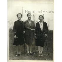 1929 Press Photo Wellesley Sr archery Isabel Weeks, Rachel Clarke,Betsy Mason