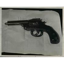 1936 Press Photo Cleveland Ohio T Markovich handgun with bullet stuck in barrel