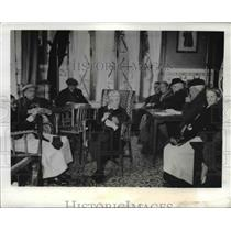 1942 Press Photo Fontenay Nous Bois France warming center in German stripped area