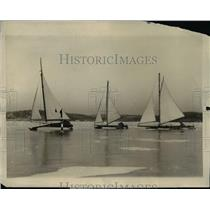 1926 Press Photo Geo.Seger with George and John Douglas as ice yachtsmen
