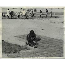 1942 Press Photo Joe Jesus somewhere in Africa native mason at US Army base