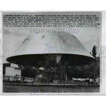 1957 Press Photo A flying saucer on it's maiden voyage 20 feet off the ground