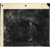 1927 Press Photo Hay redwood, Norman  - nee13623