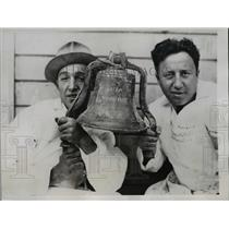 1934 Press Photo James Machi and Carlo Alioto fisherman who discovered the bell