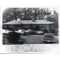 1972 Press Photo The home of Lois Berg after she killed her 3 kids and herself