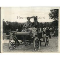 1938 Press Photo Buckfield Maine John Long & son in antique auto