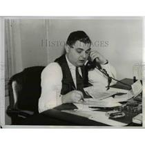 1936 Press Photo Louis Cooper President of the Bronx Local Union sits at desk