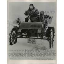 1954 Press Photo Chester C By and dog Ginger, 1903 Ford car ride, St. Louis Park