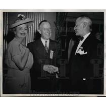 1947 Press Photo Mrs. Marion Crawford Adams Arnold Greth and Albert Carter