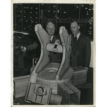 1941 Press Photo Swedish Bofur anti aircraft gun carriage model displayed