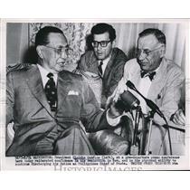 1953 Press Photo DC Philippine Pres Elpidio Quirino at a conference - nee19151