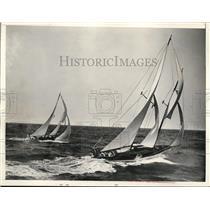 1937 Press Photo Miami Fla Miami to Nassauocean sail race starts - nee17308
