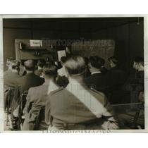 1930 Press Photo The bus safety school for Greyhound Liners - nee24447