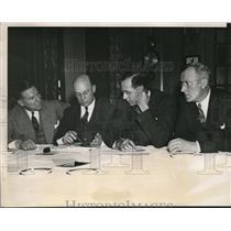 1938 Press Photo Chicago J Phelan, F Crisler, Jock Sutherland, Football coaches