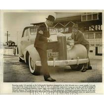 1937 Press Photo The LaSalle V8 with ease eclipsed the record of the first event