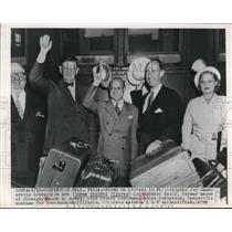 1948 Press Photo Arrival in Philadelphia, Edward Kelly, Jacob M Arvey
