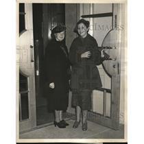 1936 Press Photo Geneieve Benckstein & Mildred Yount heiress