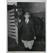 """1933 Press Photo Miss Wilhelmine S. Kirby with """"Beau"""" - nee30715"""