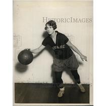 1927 Press Photo Virginia Rauchenback, Savage Normal School Basketball