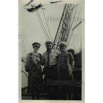 1927 Press Photo Captain of Brigaville & Mrs Scholu - nee37255