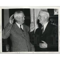 1938 Press Photo Alered W. Reames sworn in by John Nnace Garner, Oregon