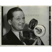 1934 Press Photo McKinley Palmer Inventor Palmer Automatic Clutch Beverly Hills