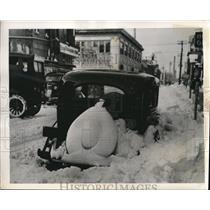 1940 Press Photo Auto Buried in Snow in Atlantic City - nee33542