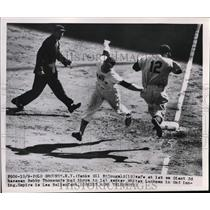 1951 Press Photo Yankee Gil MacDougald safe at 1st vs Ginats Whitey Lockman
