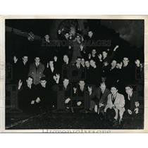 1936 Press Photo Univ of Wash Huskies football team head to Rose Bowl game